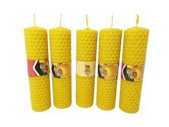 Zestaw pięciu ekologicznych świec ręcznie zawijanych z wosku pszczelego