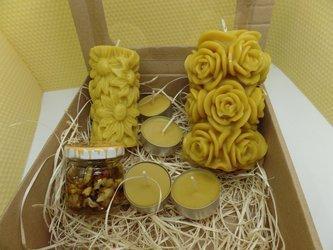 Zestaw prezentowy dwóch świec lanych z wosku pszczelego