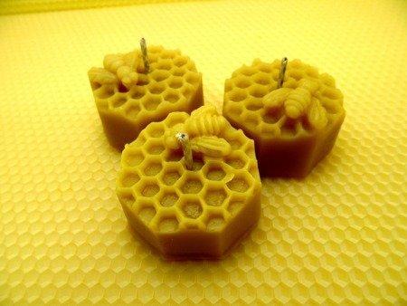 Ekologiczna świeca z wosku pszczelego ośmiobok z pszczołą 5 szt.