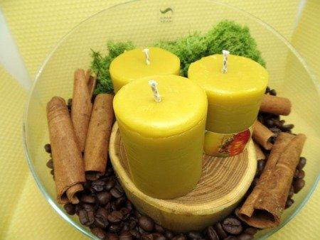 Ekologiczna świeca z wosku pszczelego w kształcie słupka